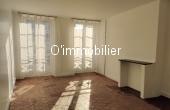 T2021-005, Deux pas de la place de la Bastille, 2 pièces traversant, lumineux, charme