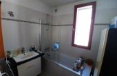 Salle de bain 1er étage partie d'origine